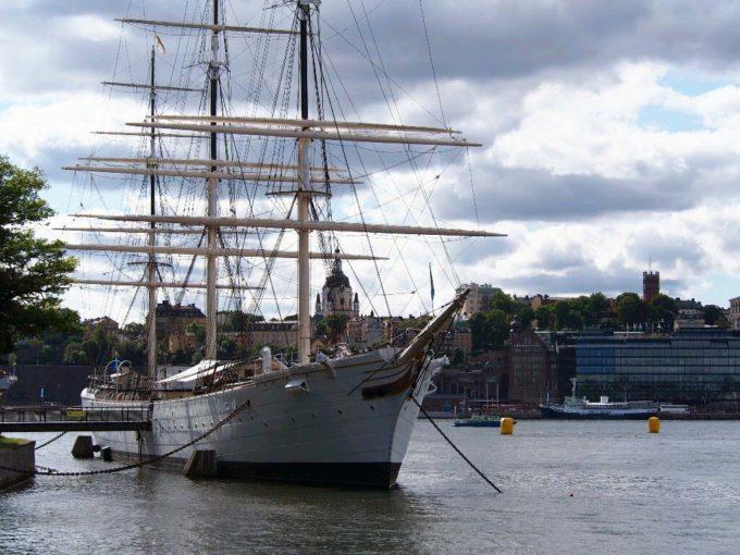 船型ホステル