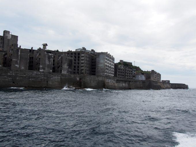 軍艦島西側