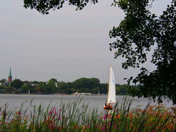 アルスター湖