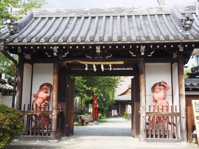 桜本坊 仁王像