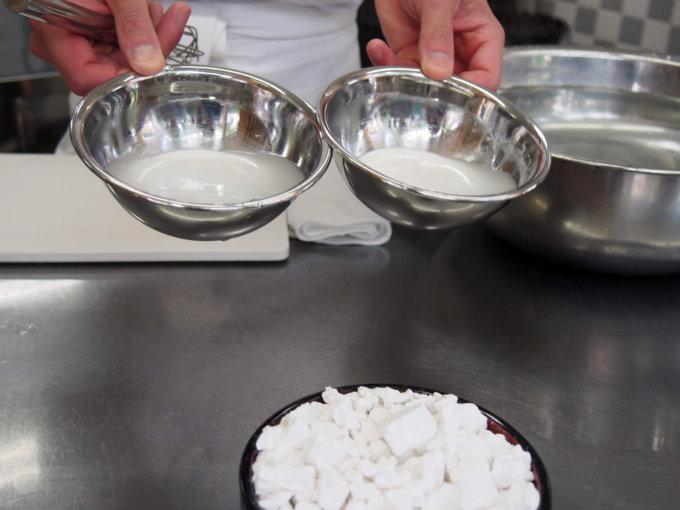 水と混ぜた葛粉